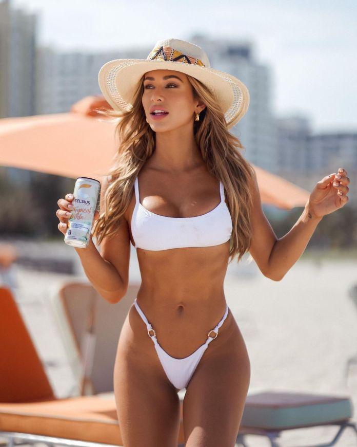 Cindy Prado bikini pics