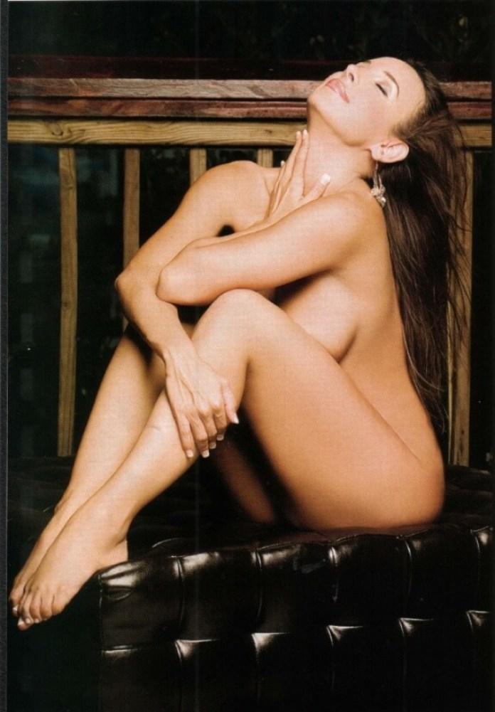 Mayra Veronica hot looks