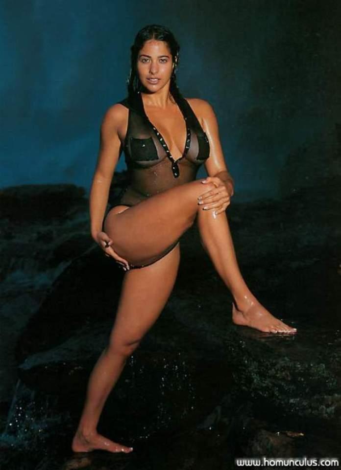 Odalys Garcia big thigh pics