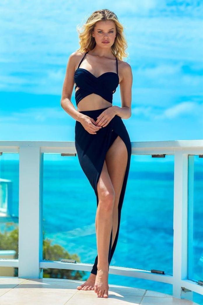 Frida Aasen hot looks