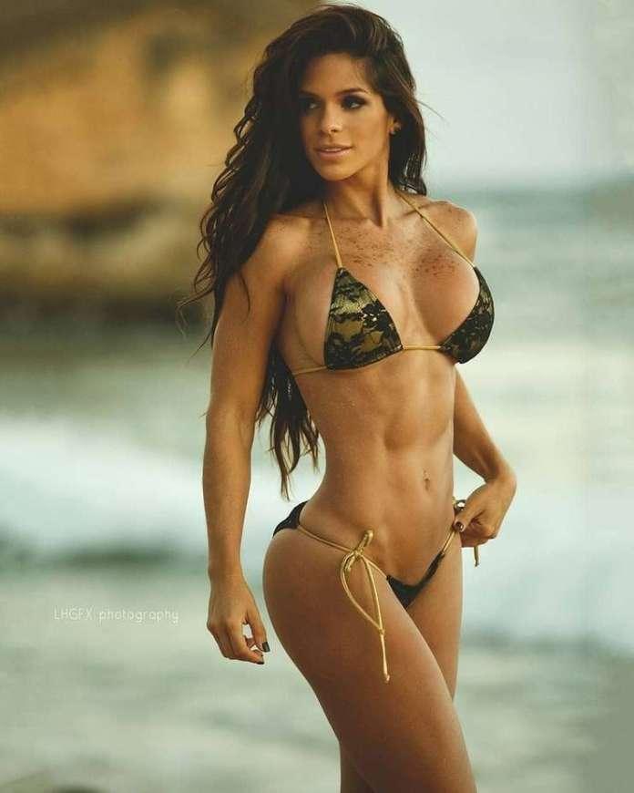 Michelle Lewin sexy