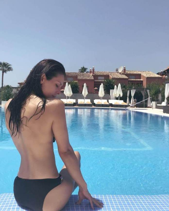 Sabina Akhmedova topless