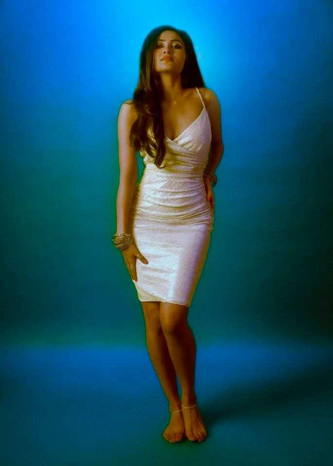 Vidhya Vox sexy