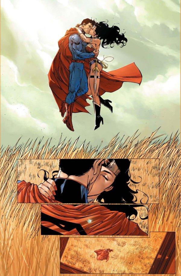 superman and wonder woman kiss