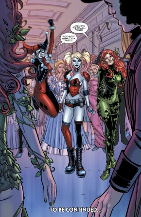 Betty And Veronica Dress Up As Harley Quinn And Poison Ivy