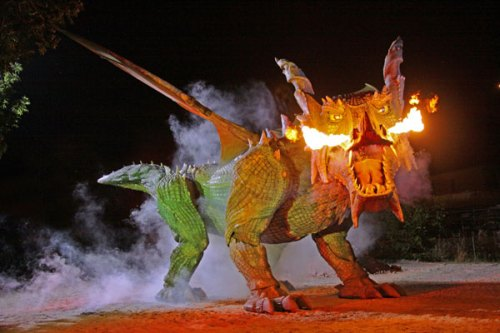 animatronic-dragon-further-german