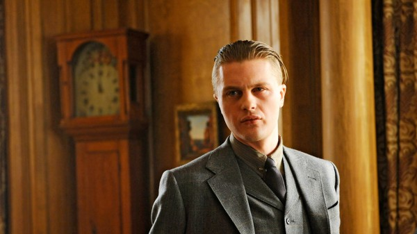 boardwalk-empire-tv-show-image-michael-pitt-600x337