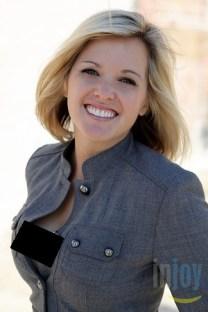 Elizabeth Prann, Fox News reporter with open shirt showing breast