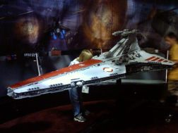 Comic-Con 2005 Star Wars Battleship