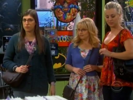 big-bang-theory-girls-in-comic-shop.jpg