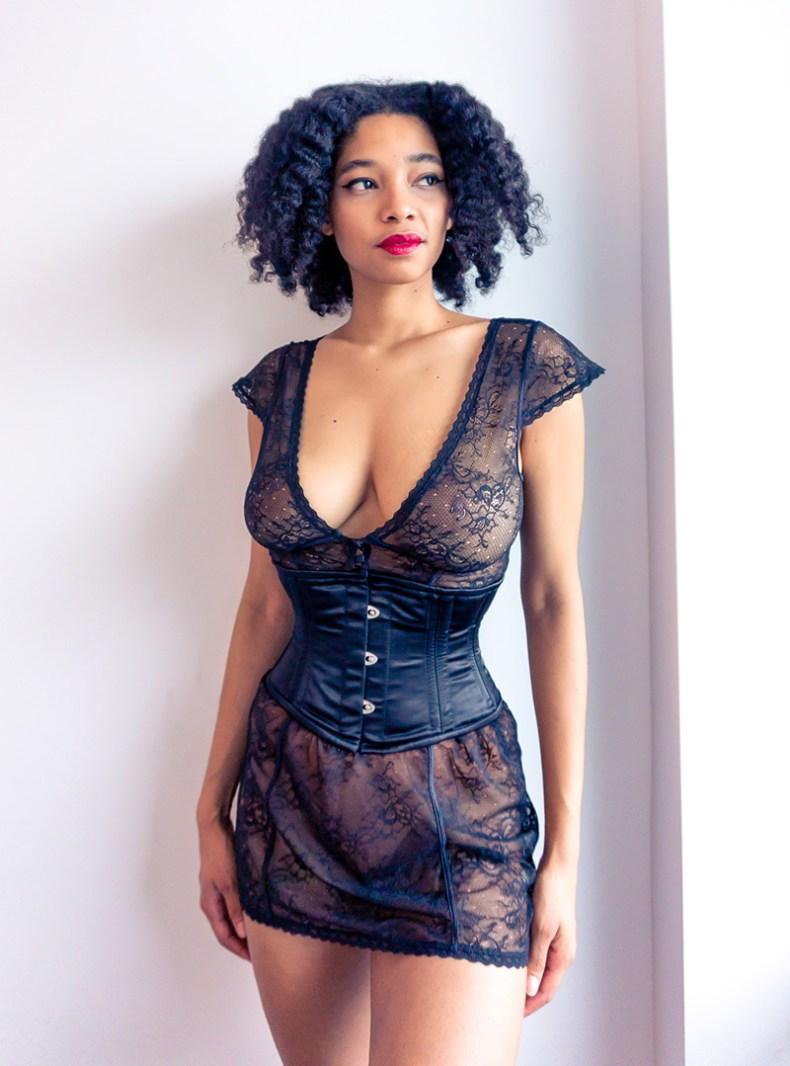 Glamorous corset Bella satin