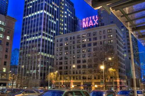 Hotel-Max-Seattle-Henry-Chamberlain