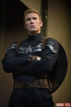 Chris Evans in Super Soldier Uniform 2