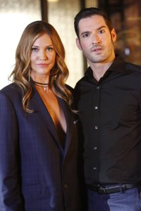 Tricia Helfer and Tom Ellis in Lucifer Season 2
