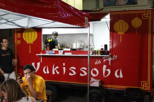 yakissoba-ponte-trailer