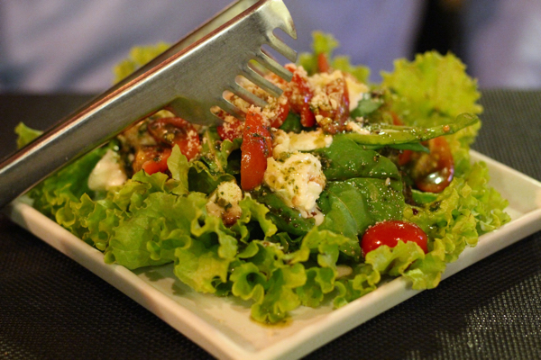 tratoria-campione-insalata-salada-caprese