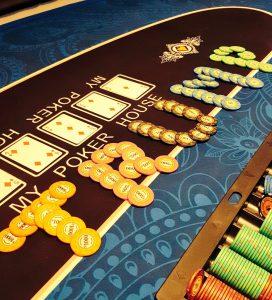 アミューズメントカジノ&バー TRUMP