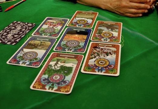 カード並べた