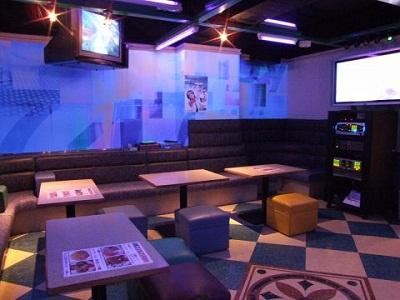 カラオケ747 新宿店