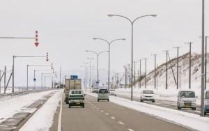 北海道あるあるネタ:道路には無数の下向き矢印