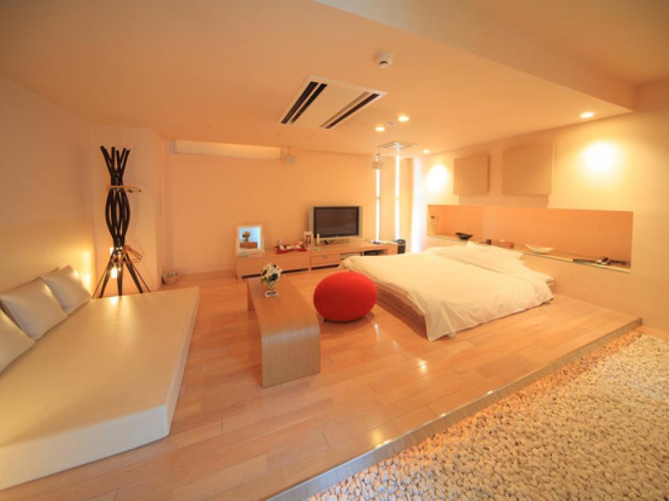 HOTEL f2