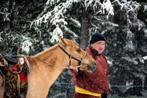 モンゴル人男性4