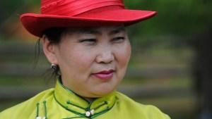 モンゴル人女性3