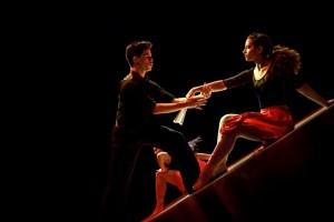 ダンサー2人