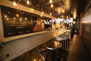 THE ALLEY三軒茶屋店