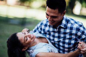happy-couple-4021036_640