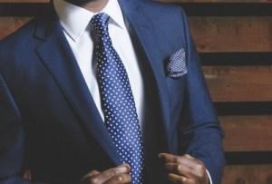 business-suit-690048_1920-400x270-MM-100