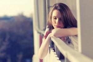 失恋から立ち直るのが遅い人の特徴