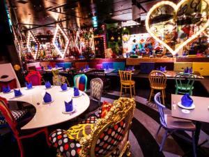 アリスのファンタジーレストラン