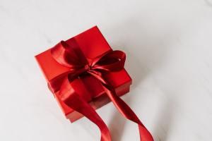 誕生日プレゼントなどの贈り物に悩む