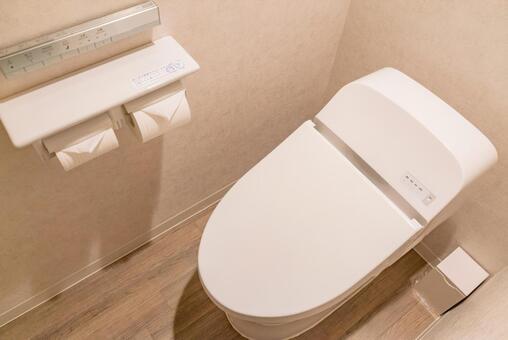 トイレ 4