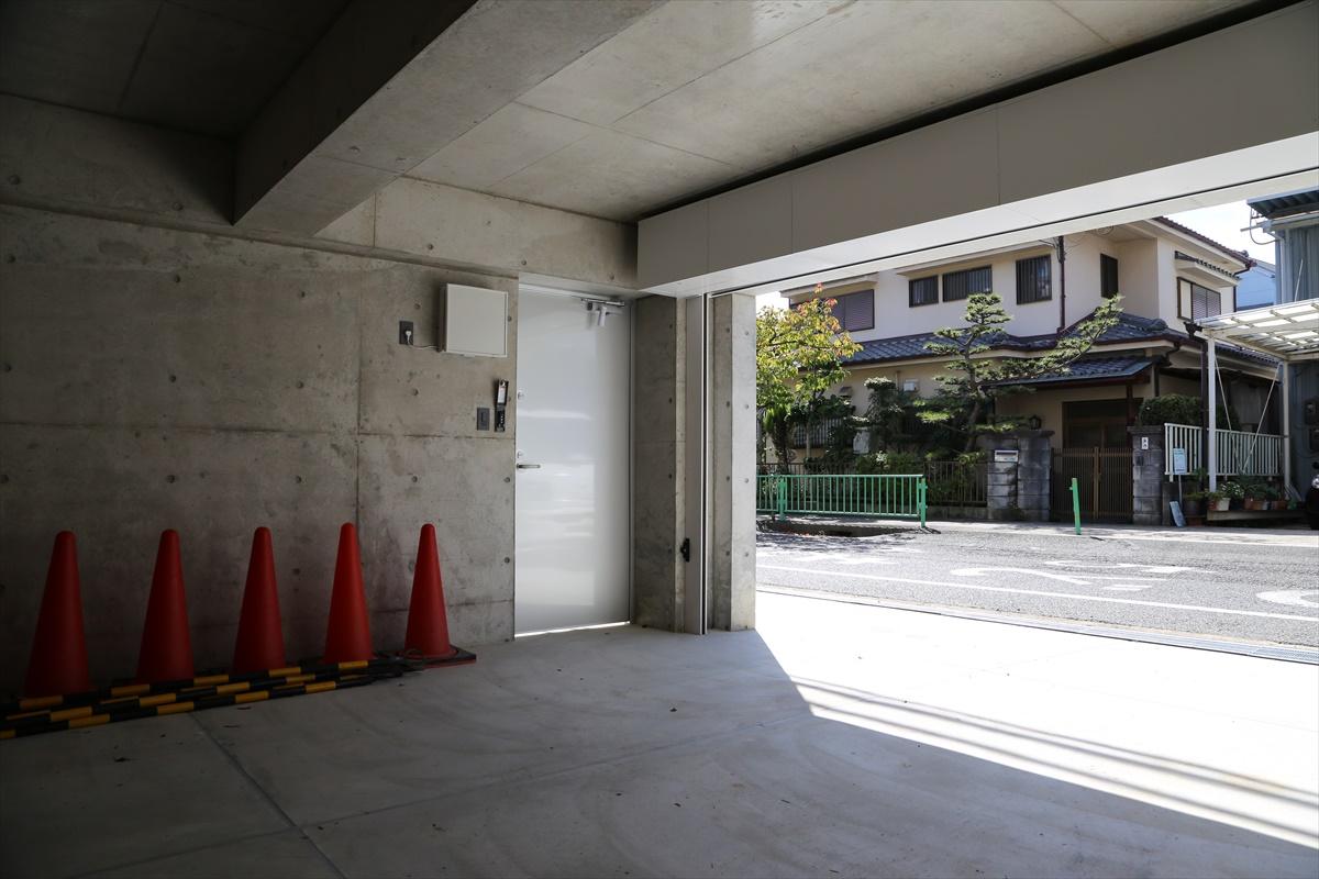 ザウスの完成見学会39 -茨木のガレージハウス 2/6-