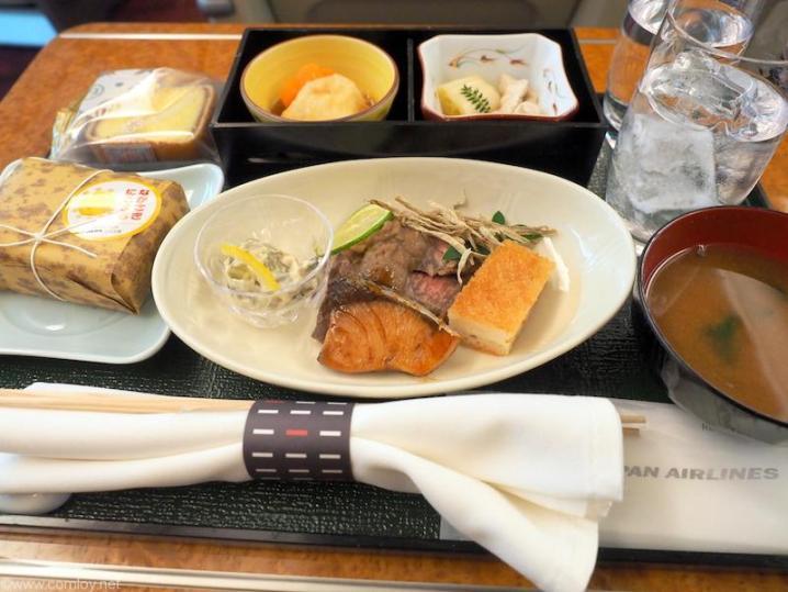 JAL914 沖縄-羽田 国内線ファーストクラス機内食