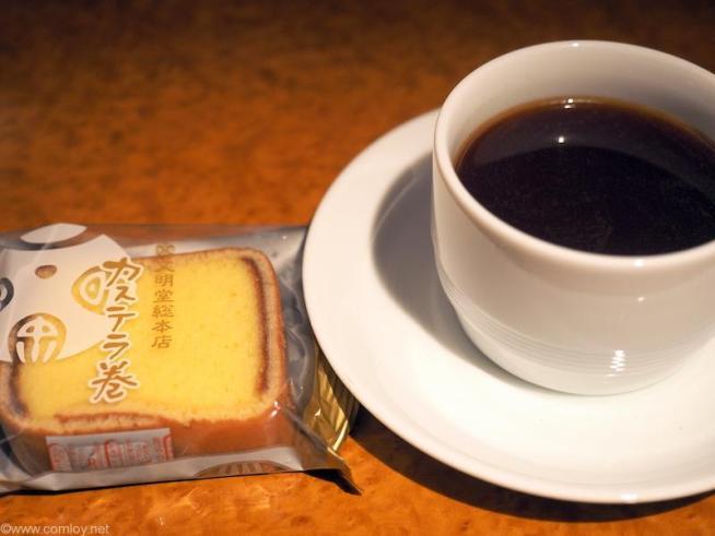 茶菓子  文明堂総本店「カステラ巻」
