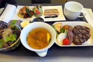 日本航空 JL97 羽田-台北(松山)ビジネスクラス機内食