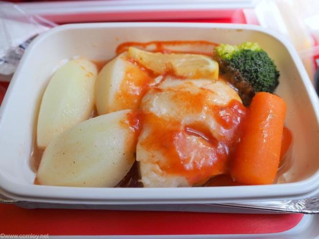メインの白身魚のトマト煮