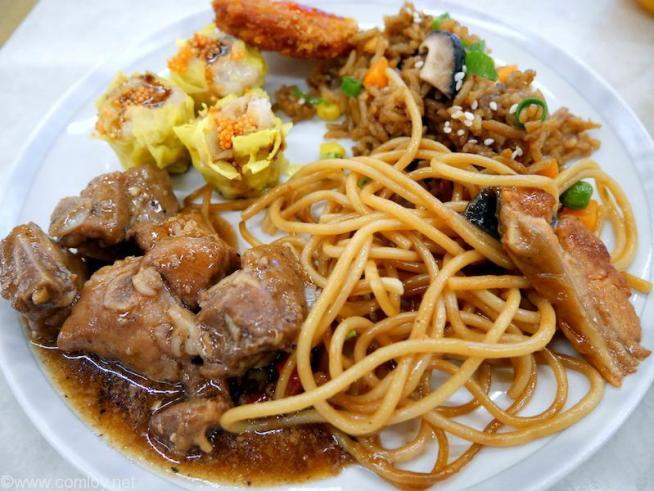 シンガポール航空 シルバークリスラウンジ お食事
