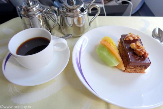中華航空 CI835 台北(桃園) - バンコク ビジネスクラス機内食