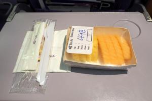 タイ航空 TG225 バンコクープーケット エコノミークラス機内食