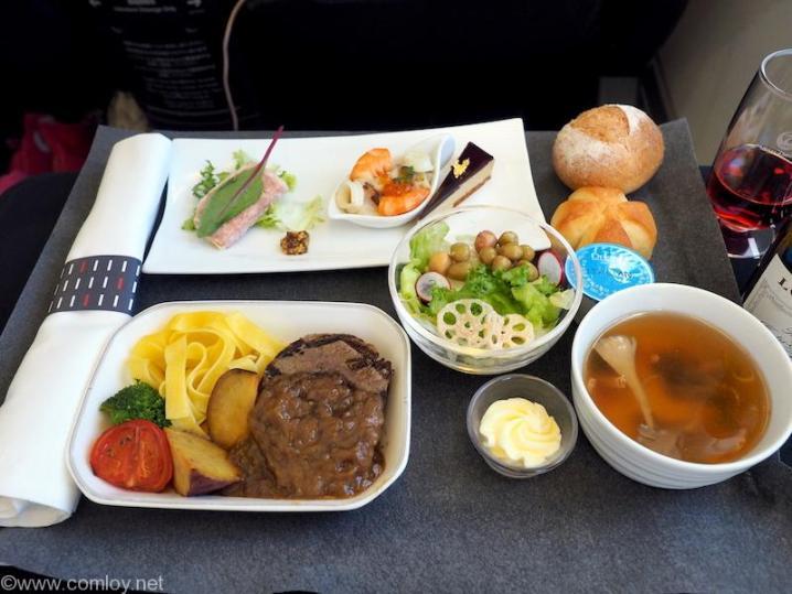 日本航空 JL97 羽田 - 台北(松山) ビジネスクラス機内食
