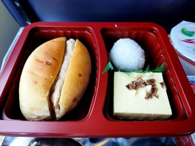 ターボジェットフェリー スーパークラス 船内のお食事