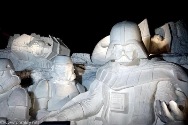 SAPPORO SNOW FESTIVAL 2015 Star Wars snow statue