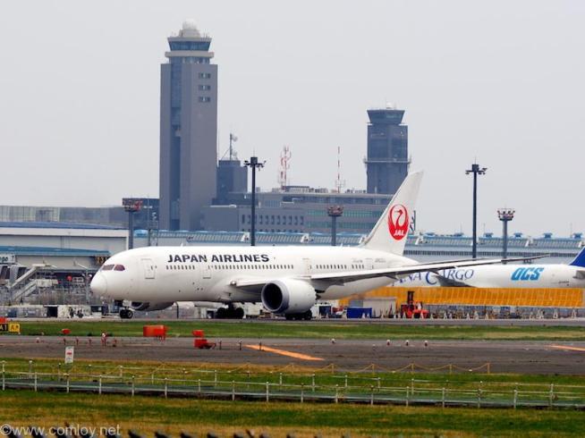 日本航空 (Japan Airlines) B787-8 Dreamliner 機体番号JA822J 型式B787-8 Dreamliner 製造番号34832/23 登録2012/03