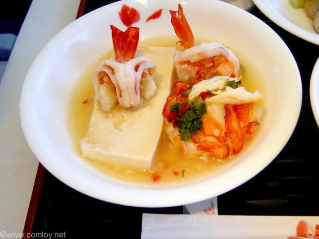 China Airline CI18 TAIPEI - NARITA First Class 機内食 主菜 ロブスターと豆腐の蒸し物