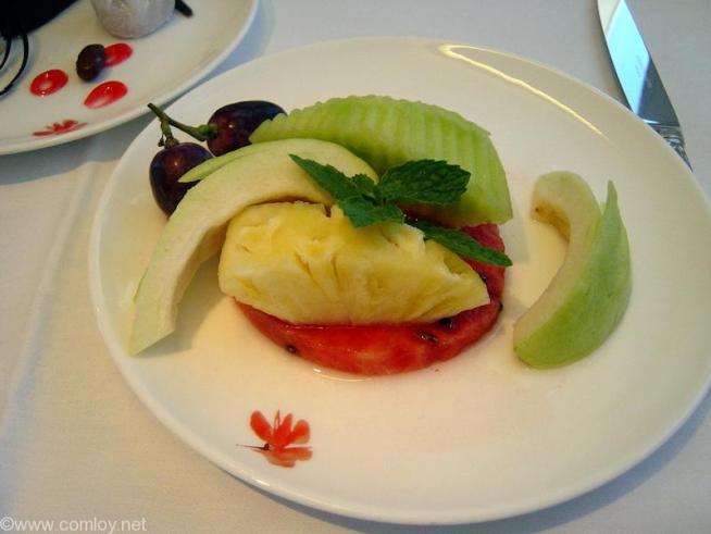 China Airline CI18 TAIPEI - NARITA First Class 機内食 フレッシュフルーツ