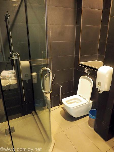 マレーシア航空 ゴールデンラウンジ シャワールーム